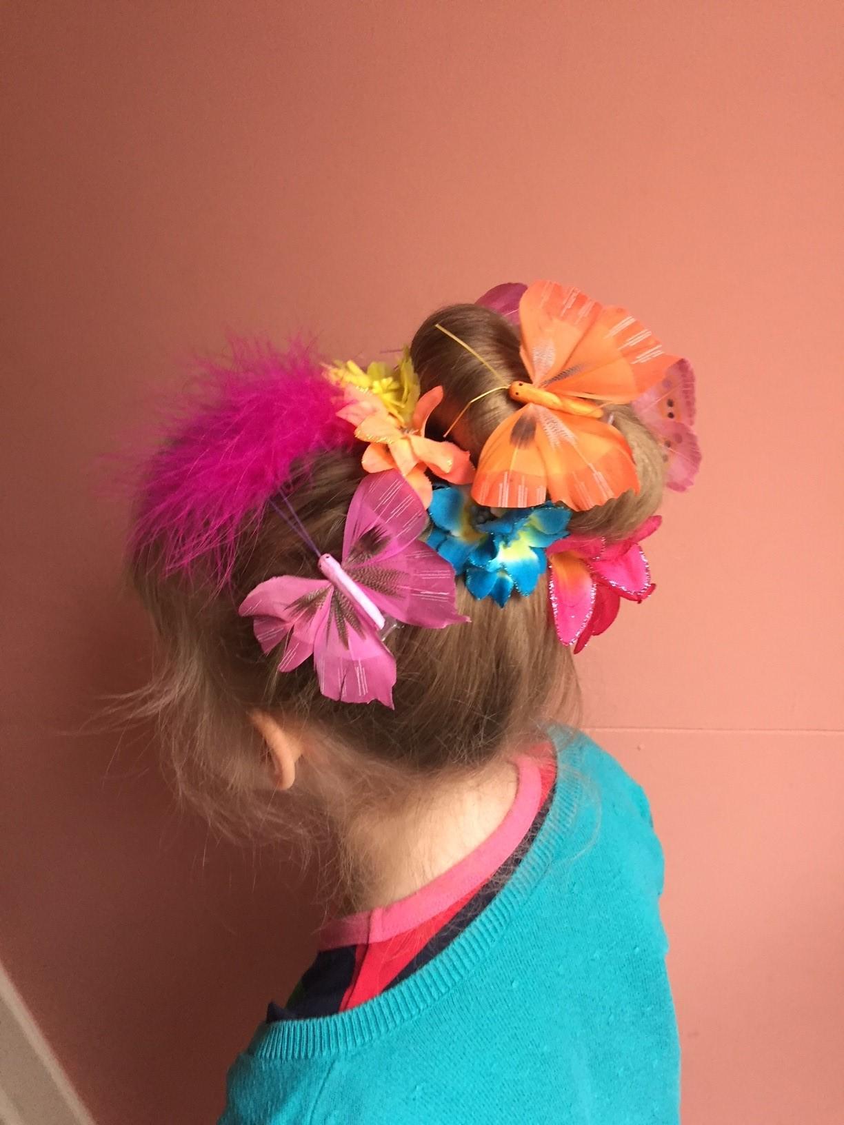 Bloemen en vlinders crazy hair